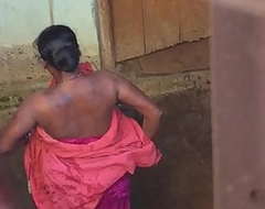 Desi neighbourhood pub horny bhabhi nude bath show caught by hidden cam