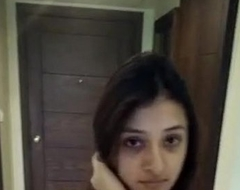 hot and cute indian girl naked walk at hotel