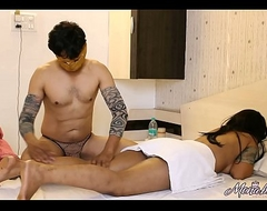 Massage Porn Of Indian Bhabhi Mona With Say no to Cut corners